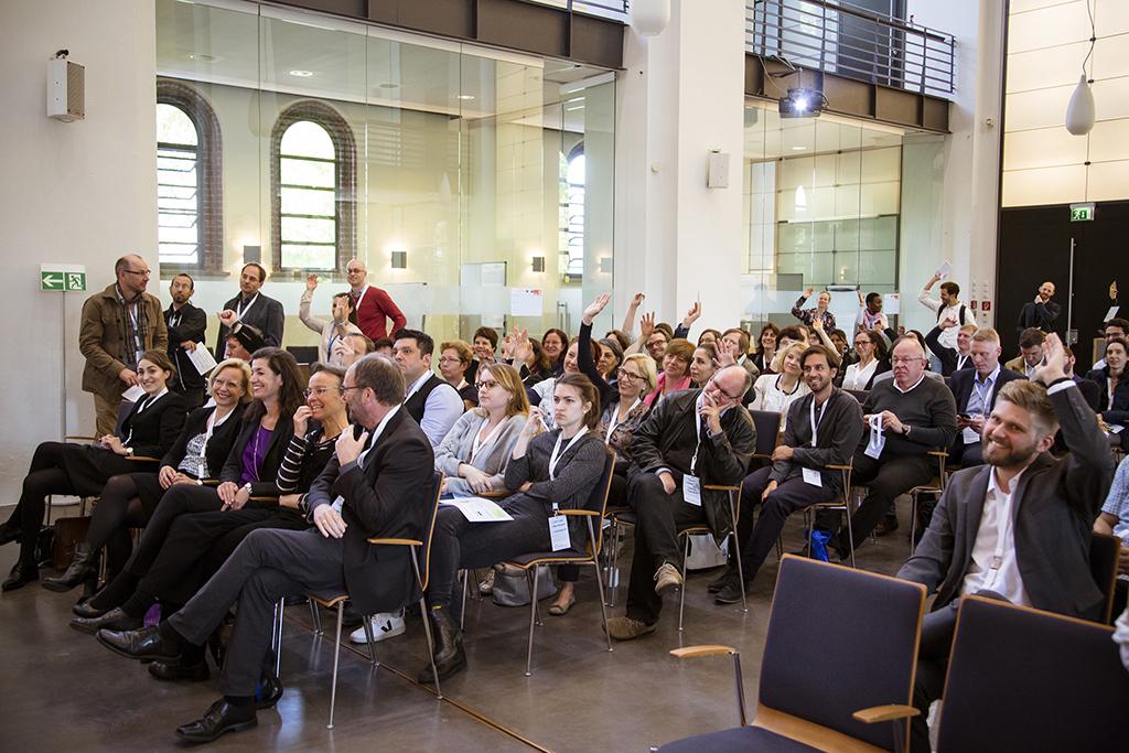 130 Teilnehmer kommen zur 1. Multiplikatoren-NETZWERK-Tagung