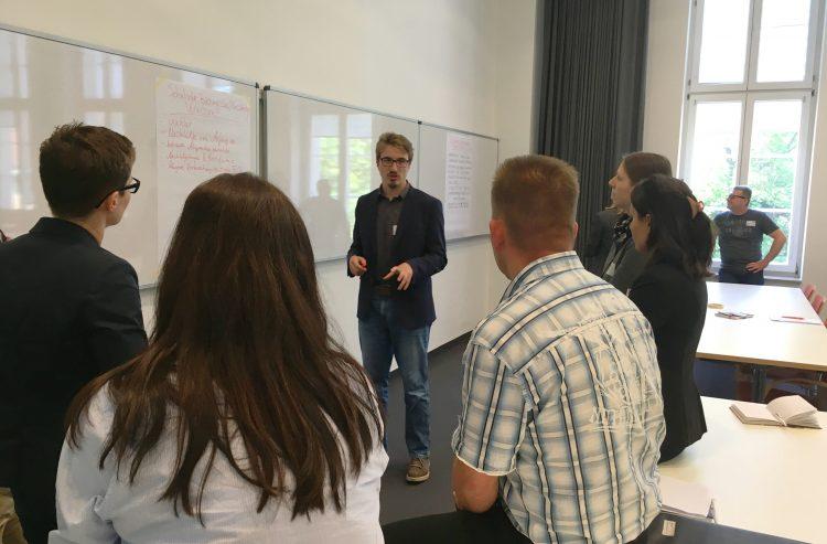 Ausbildungsabbrüche vermeiden: Diskussion zu einzelnen Fragen und Erfahrungsaustausch (Foto: KAUSA Servicestelle Brandenburg)